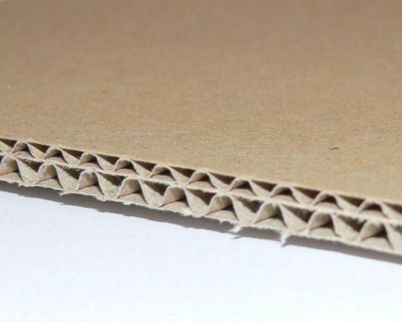 Carton ondulat CO5 albit pe ambele fețe, ondulă B+E, 4,8mm
