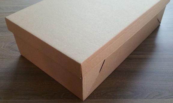 Cutie de carton cu capac detașabil
