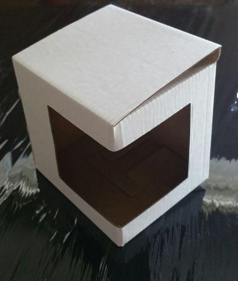 Cutie de carton pentru cana cu fereastră